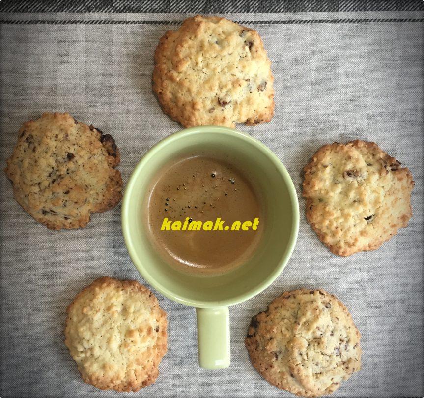 Американски бисквити с овесени ядки и парченца шоколад